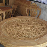 ITTO_Carved_Table